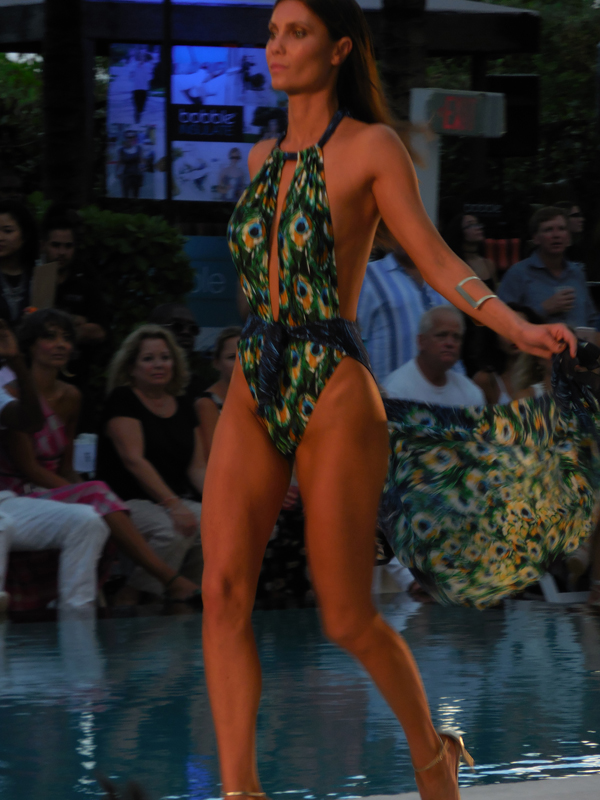 19A_Gottex Show_Runway_Peacock_Swim Week_VIPictures_Photo by Michael Merrins_Cristiane Roget_AllFashion